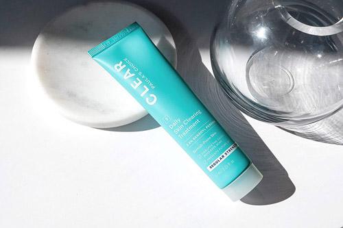 Kem chấm mụn giảm sưng viêm Paula's Choice Clear Regurlar Strength Daily Skin