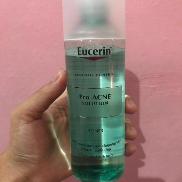 toner eucerin pro acne solution