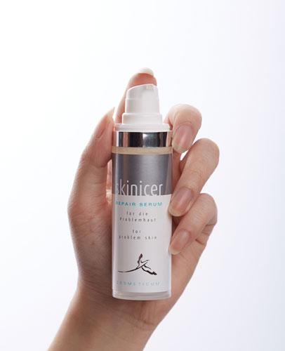 serum trị mụn skinicer repair