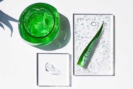 kết cấu dạng gel thấm mướt nhanh cho da
