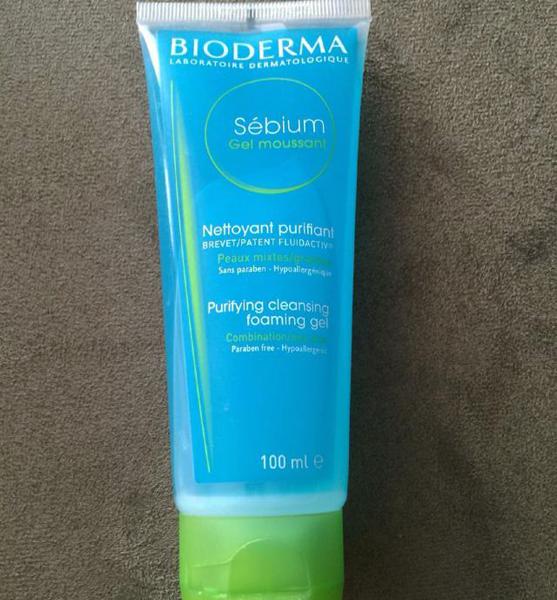 Sữa rửa mặt bioderma sebium gel moussant