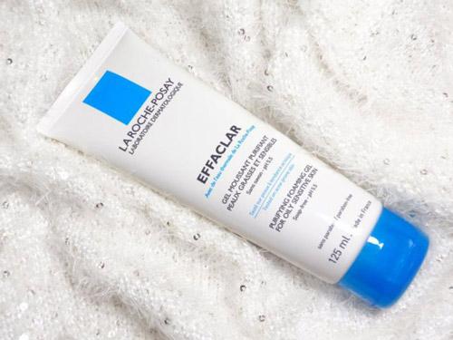 Sữa rửa mặt La Roche Posay Effaclar Gel For Oily Sensitive Skin