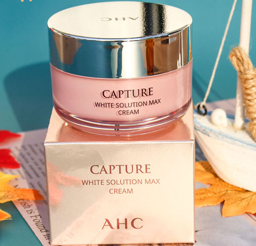 kem dưỡng ẩm ahc capture white solution max cream