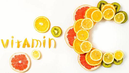 dùng vitamin C kết hợp với collagen giúp da đẹp hơn