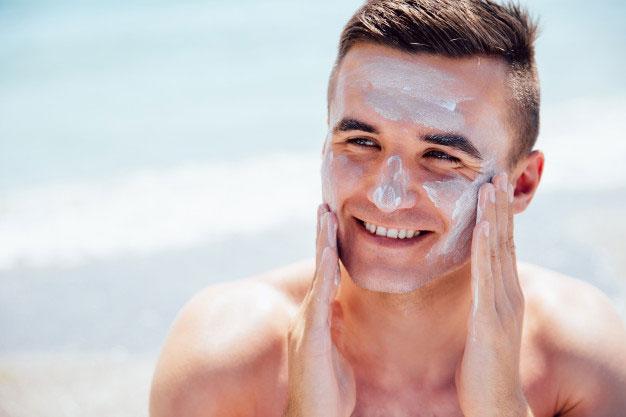 da khô nên sử dụng các loại kem chống nắng có khả năng dưỡng ẩm