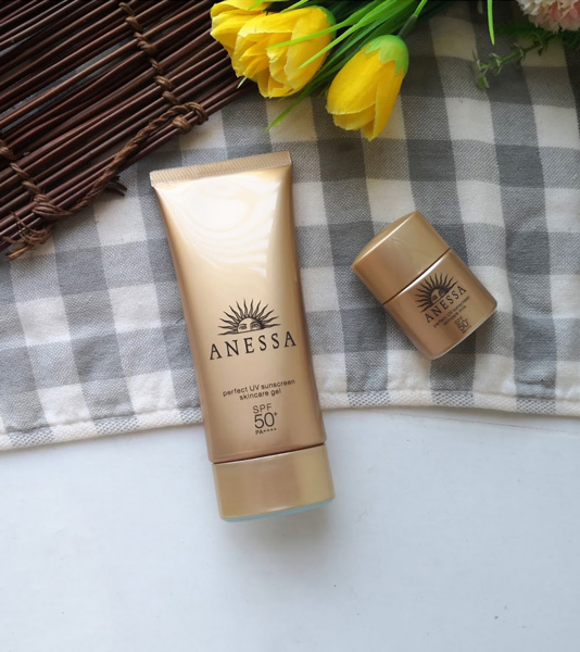 kem chống nắng Anessa Perfect UV Sunscreen Skincare Gel SPF50+/PA++++