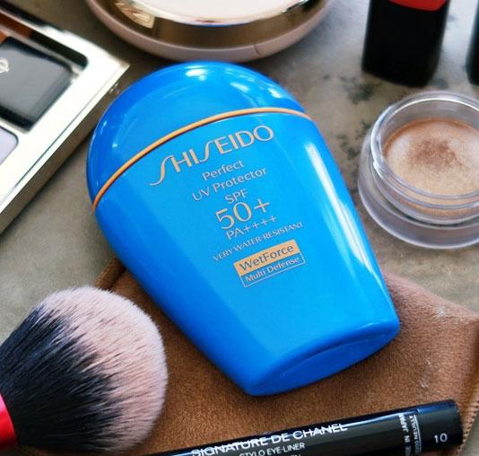 kem chống năng shiseido perfect uv protector wetforce multidefense