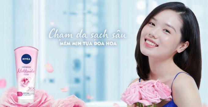 sữa rửa mặt nivea radience hokkaido rose