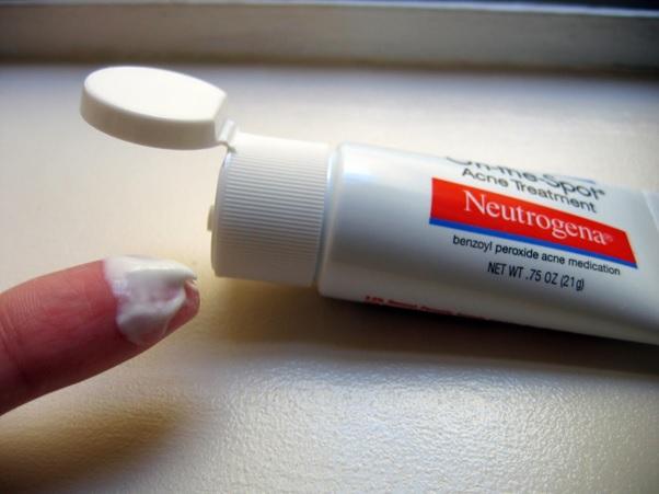 công dụng của benzoyl peroxide trong làm đẹp