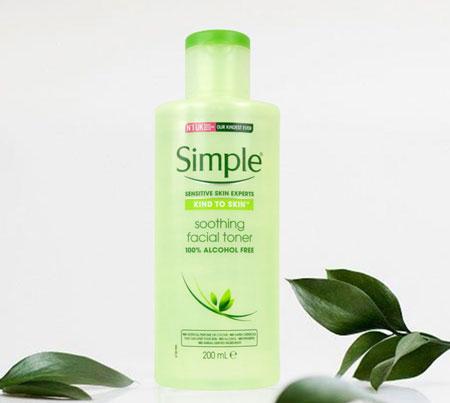 Toner trị mụn dành cho da nhạy cảm Simple Sensitive Skin Experts