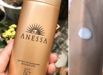 ANESSA Perfect UV Sunscreen skincare milk SPF 50+ PA+