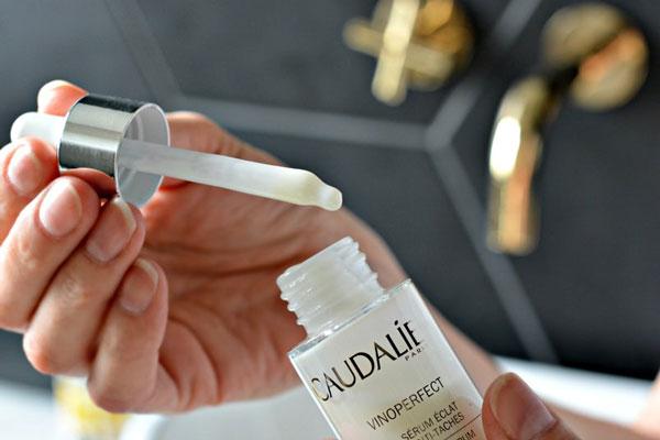 Kết cấu Serum Caudalie Vinoperfect