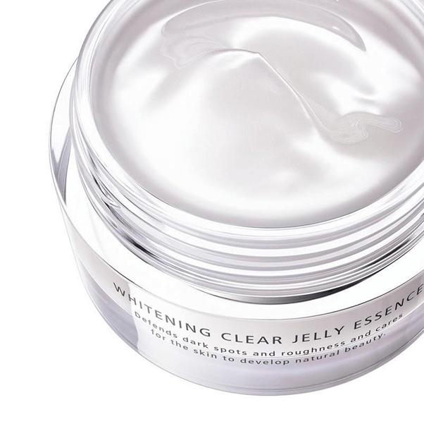 Tinh chất dưỡng sáng da dạng jelly dProgram Whitening Jelly Clear Essence có khả năng thẩm thấu vô cùng tốt